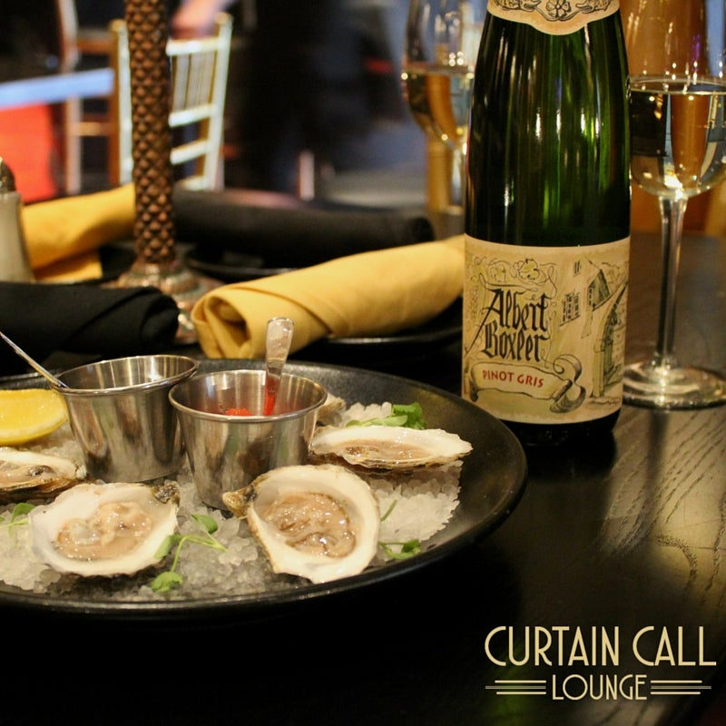 Pinot Gris with Oysters.jpg